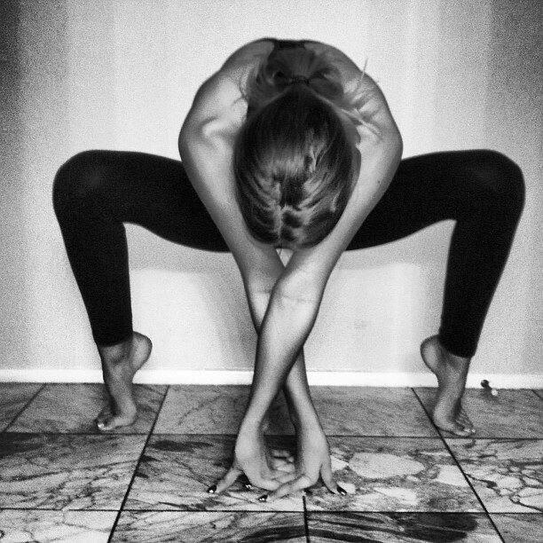 Yoga spider pose