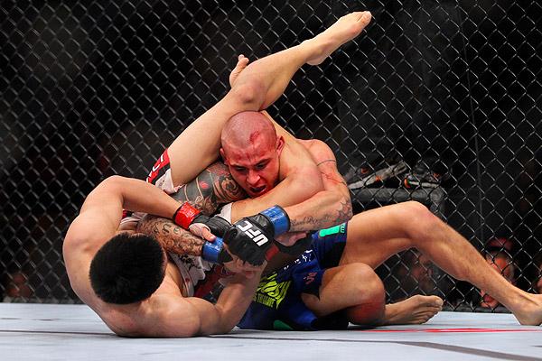UFC on FUEL TV 3: Dustin Poirier vs Chan Sung Jung